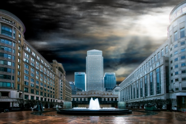 Canary Wharf fountain